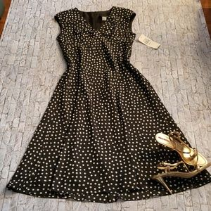 S.L. FASHIONS dress. Beautiful semi maxi dress.